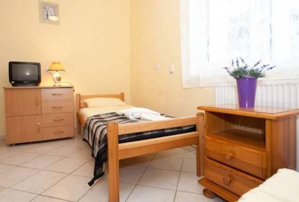 Zdjęcie wnętrza pokoju w ośrodku wypoczynkowym MIRA-MAR