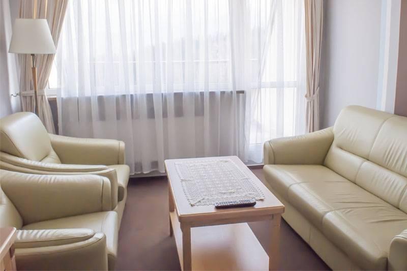 Zdjęcie wnętrza pokoju w hotelu HOTEL KAROLINKA