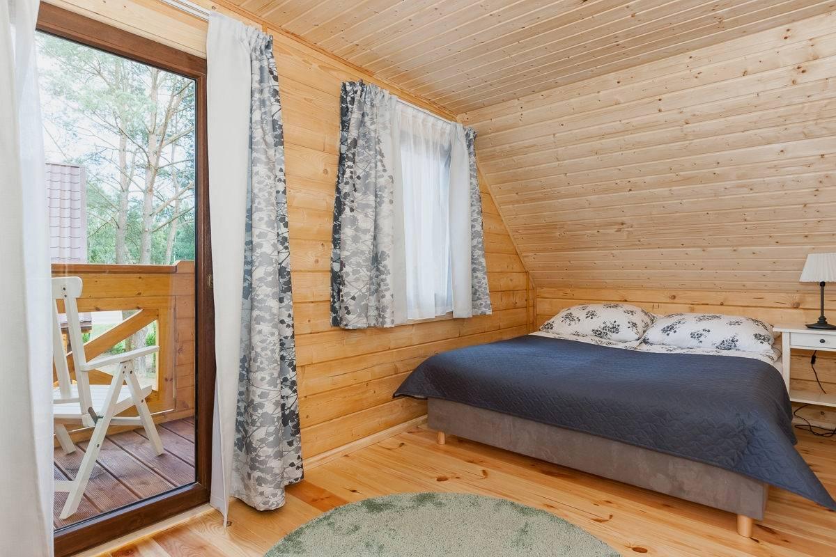 Ośrodek Wypoczynkowy Domki i Pokoje BOSMAN - spanie małżeńskie w pokoju