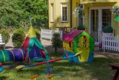 Pobierowo - plac zabaw - pensjonat Villa JUSTYNA.