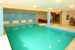 Na terenie hotelu Dom Uzdrowiskowy EWA MEDICAL & SPA w Świeradowie-Zdroju jest basen.