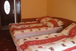 willa WLLA PAWEŁ - łóżko w pokoju