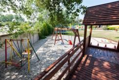 Dziecięce harce nad morzem - plac zabaw pokoju PERŁA BAŁTYKU z Pustkowa.