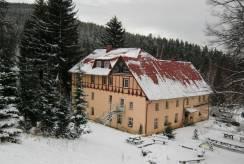 Miłków - zimą w ośrodku wypoczynkowym Ośrodek ANNA w Miłkowie.