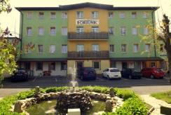 Hotel Pensjonat FORTUNA z Świeradowa-Zdroju - budynek od zewnątrz.