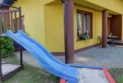 Zdjęcie poglądowe placu zabaw w pensjonacie Pensjonat BEATA.